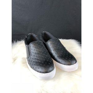 NWOT slide on shoes